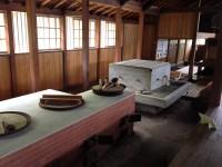 旧花田家番屋内部の台所