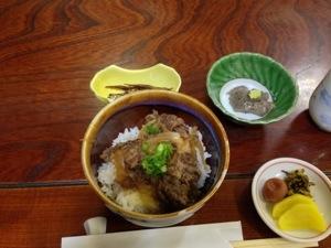 牛丼、胡麻豆腐
