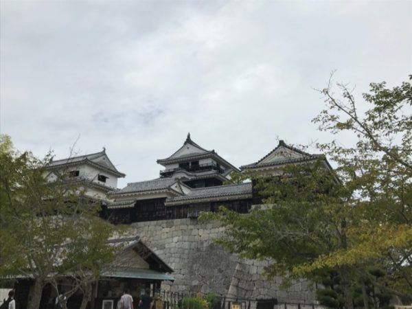 日本100名城の一つ 愛媛県 松山城